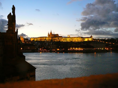 15. Praga seara.jpg