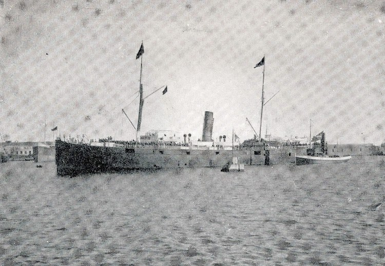 El buque ya modificado. Del libro Para la Historia de la Compañia Trasatlantica. Notas del Capellan D. Juan Alberti. (1.886-1.919).JPG