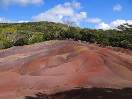 Obiective turistice Mauritius: Pamanturile colorate