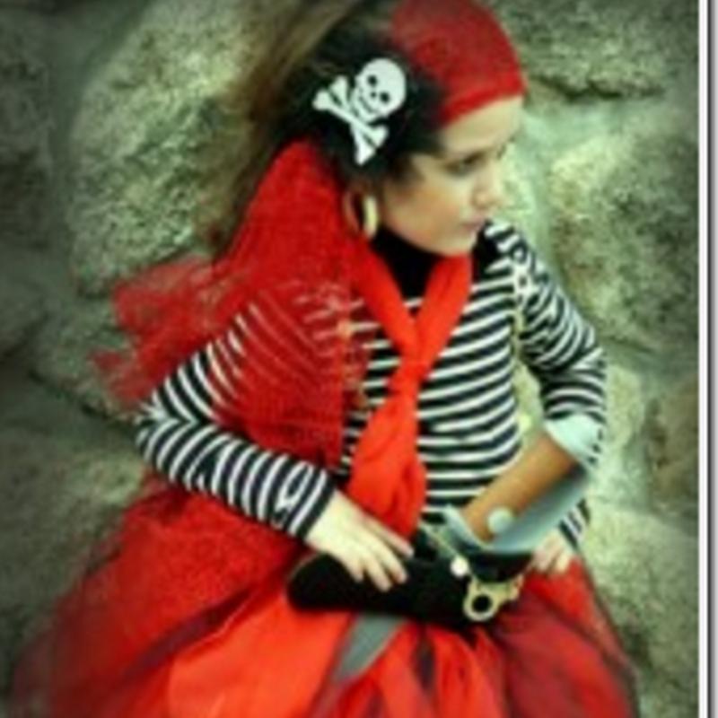 Disfraz casero de pirata para niña, sin coser