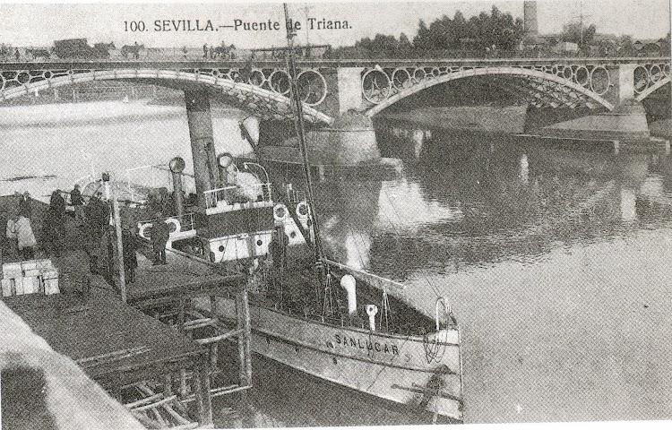 Vapor a paletas SANLUCAR en el puerto de Sevilla. Del libro Historia Grafica del Puerto de Sevilla.jpg