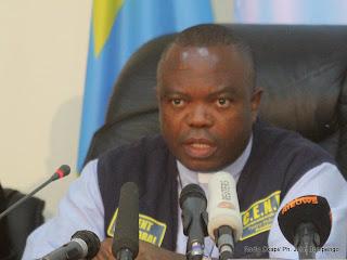 Le président de la Ceni, Daniel Ngoy Mulunda le 6/12/2011 à Kinshasa, lors de la publication des résultats partiels de la présidentielle de 2011 en RDC. Radio Okapi/ Ph. John Bompengo
