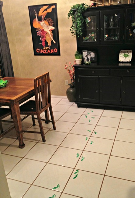 how-to-make-elf-footprints