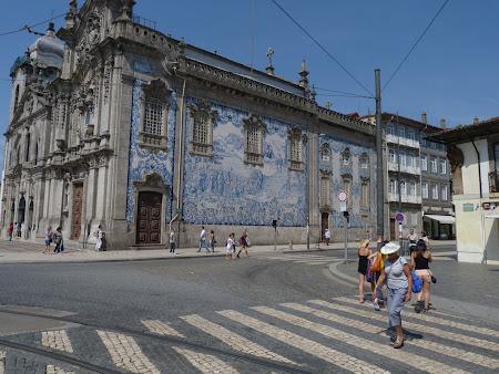 Obiective turistice Porto: biserica cu azulejos