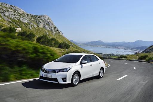 2014-Toyota-Corolla-6.jpg