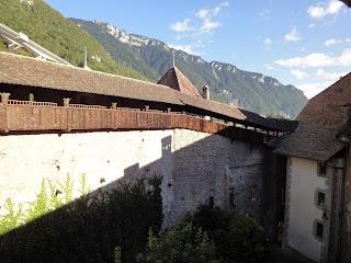 Chemin de ronde au Château de Chillon