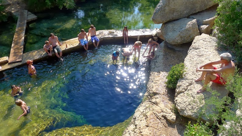 jacobs-well-9
