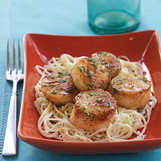 Scallops with Lemon-Basil Sauce