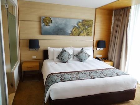 16. Dormitor Hotel Anantara Sathorn Bangkok.JPG