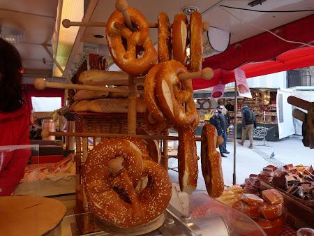 Ce sa mananci in Salzburg: covrigi bavarezi