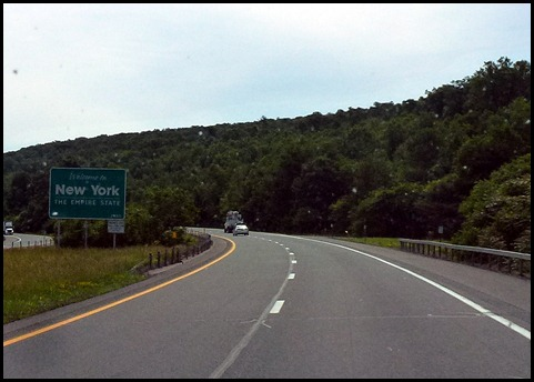 08 - Entering New York on I-84