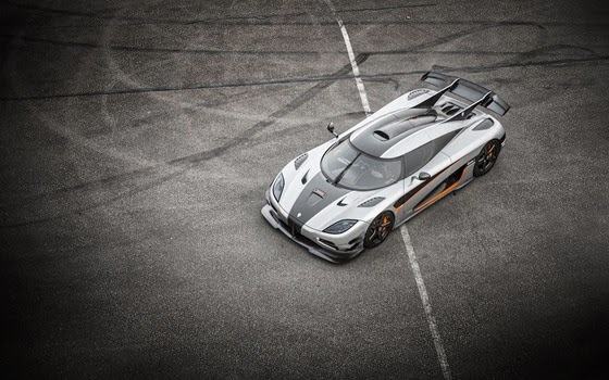 koenigsegg-one-1-car-parking-hd-wallpaper