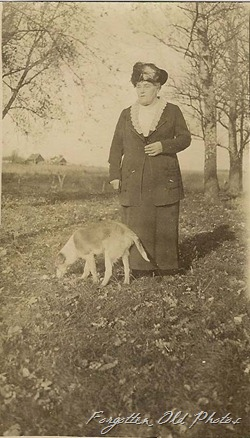 Old lady Hat and dog