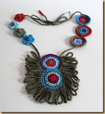 crochet necklace peruan