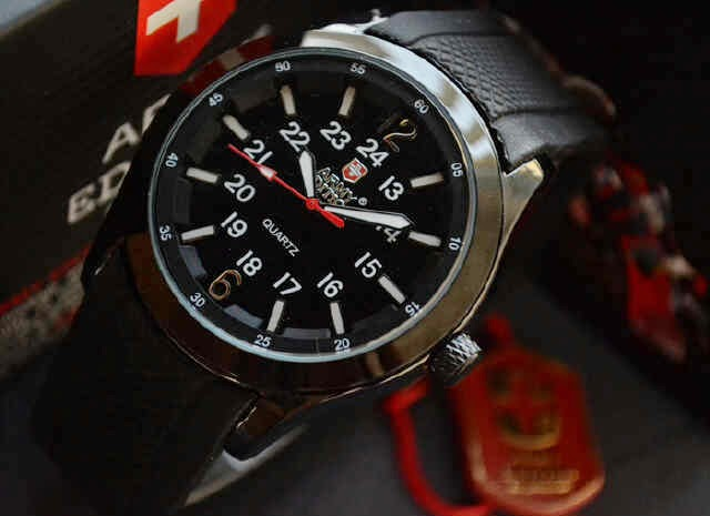 Jual jam tangan  Swiss army edition rubber KW