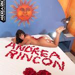 Andrea Rincon, Selena Spice Galeria 48 : Solo Para Ti, Corazon Petalos De Rosa En La Cama – AndreaRincon.com Foto 3