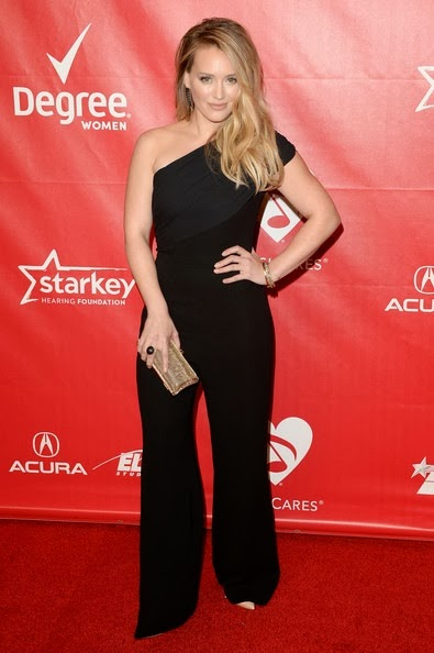 Hilary Duff attends The 2014 MusiCares Person Of The Year Gala