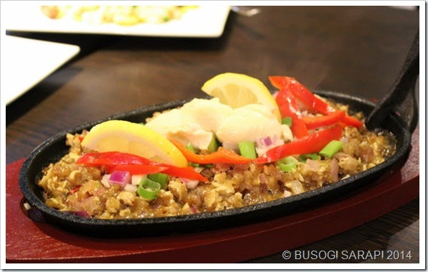 FILIPINO EATERY SOMEWHERE IN REDCLIFFE SISIG BABOY © BUSOG! SARAP! 2014