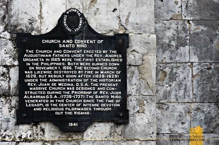 Historical Marker at Cebu's Sto. Niño Church
