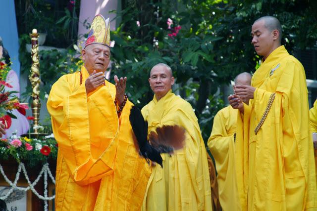 IMG 1878 Đại lễ Phật đản PL 2557 tại Tu viện Quảng Hương Già Lam
