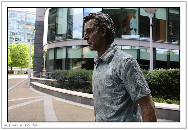 Standing Man-Sean Henry-2003-Sheldon Square-Little Venice