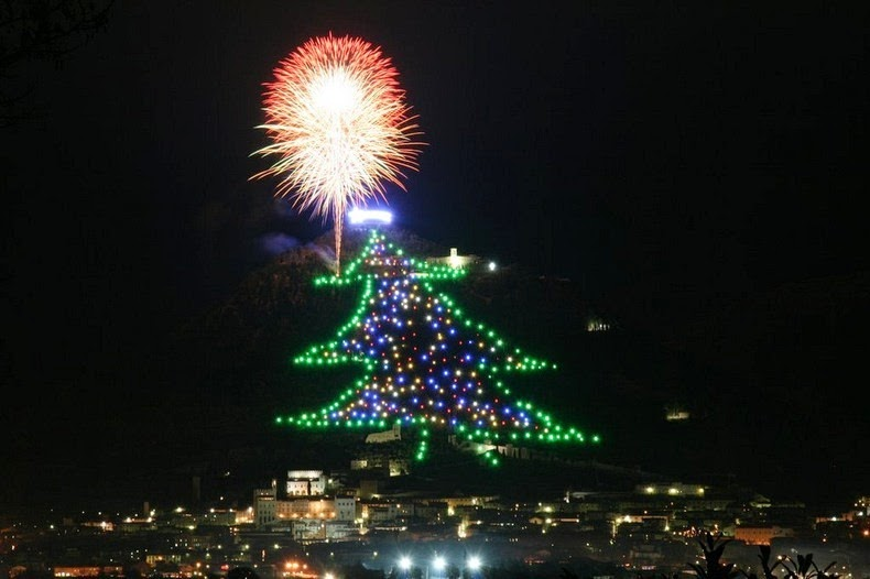 gubbio-christmas-tree-2