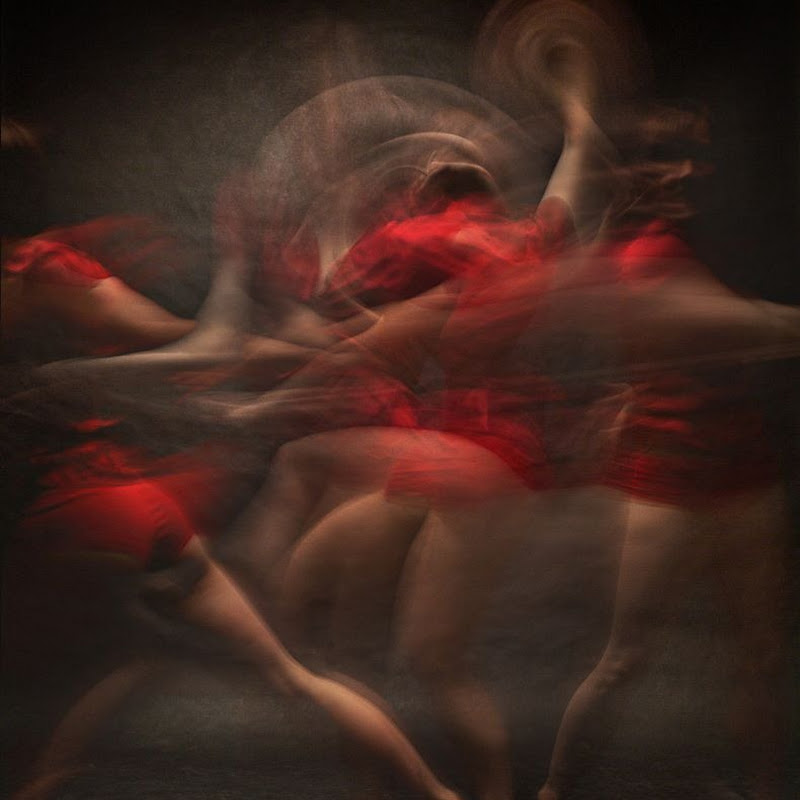 Long Exposure Photographs of Dancers by Bill Wadman