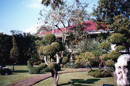Obiective turistice Bangkok: palatul Vimanmek