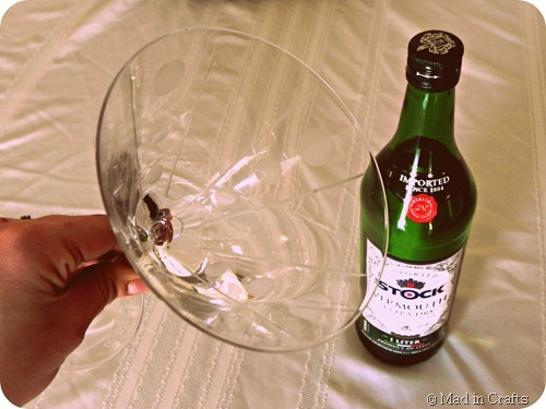 swirl vermouth in glass