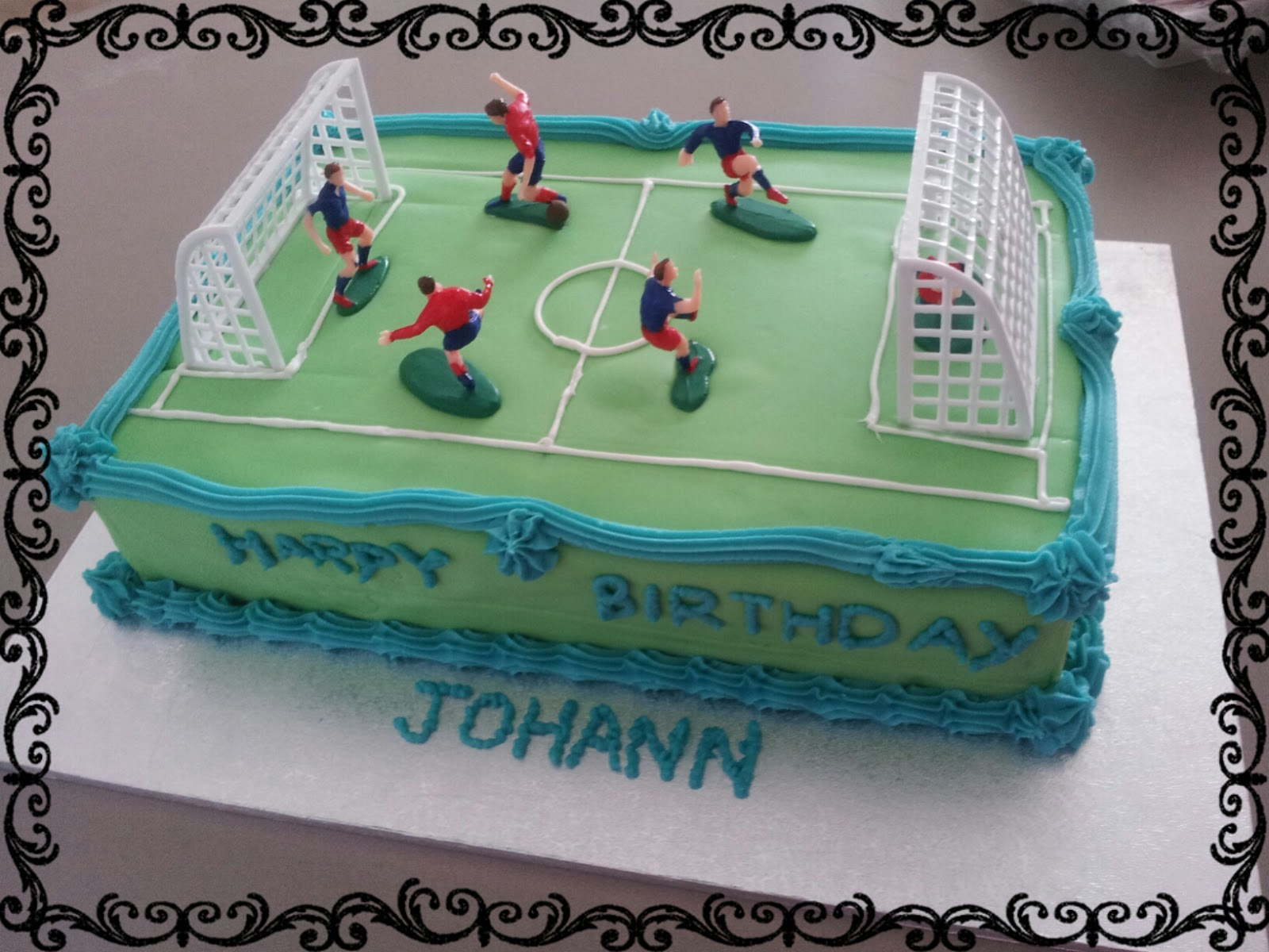 Made This Soccer Field Birthday Cake For A 13 Year Old Boy That Really Loves Inside Has His 3 Favourite Colours Blue Green And Red Also To Match
