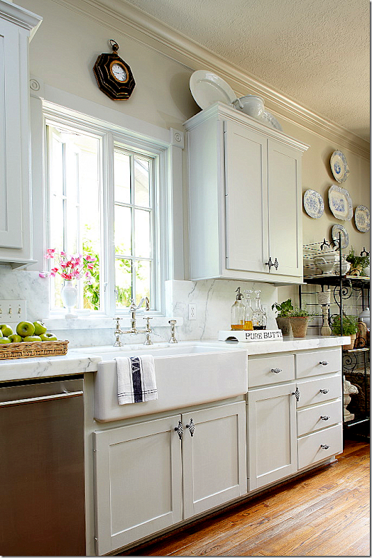 Cote de texas readers kitchens series - Kitchen sink in french ...