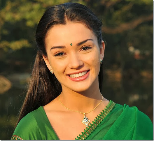I Movie Heroine Amy Jackson Hot Stills