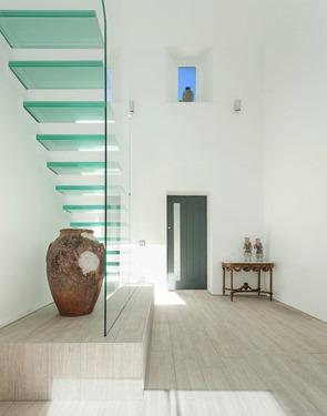 diseño-escaleras-peldaños-de-cristal