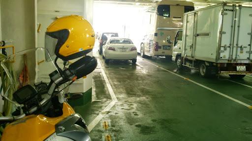 [写真]伊勢湾フェリー車両甲板