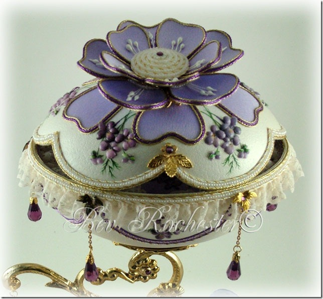 Bev-Rochester-Lilac-and-Lavender-Faberge-egg-3