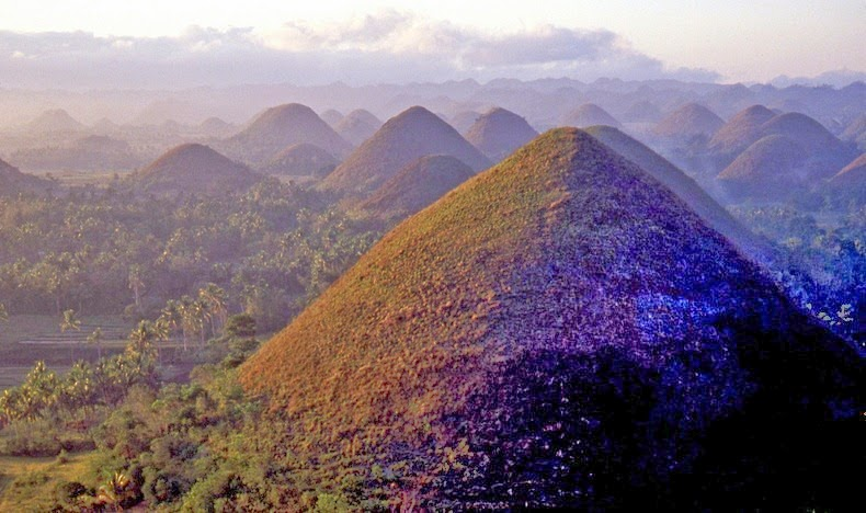 chocolate-hills-bohol-2