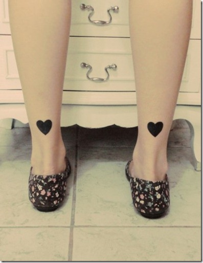tattoo-blogger-cute-tattoes-ink-body-heart-leg-black