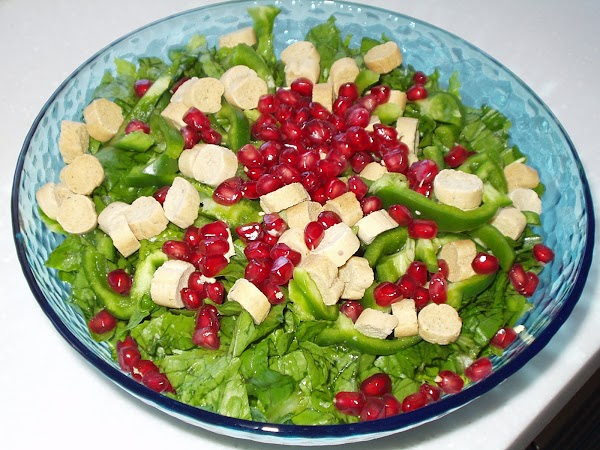 Green and Red Salad
