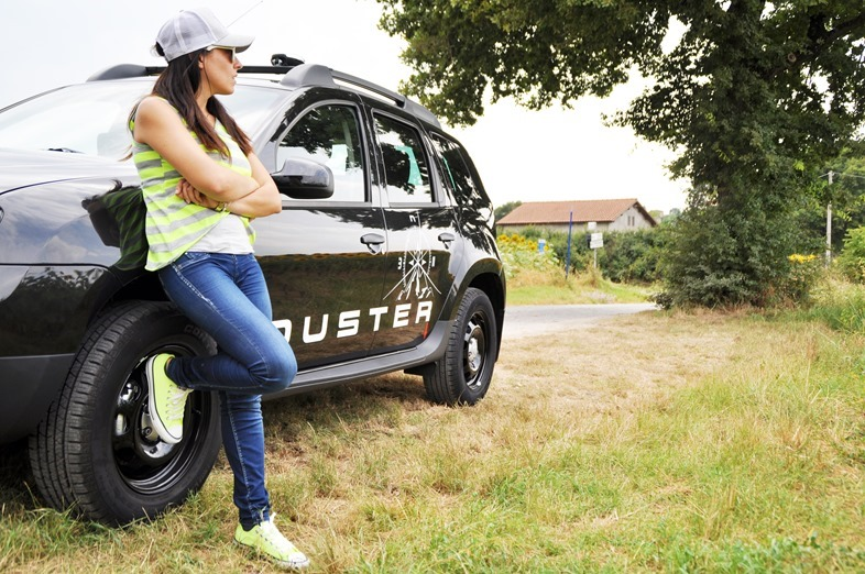 dacia duster fashion blogger