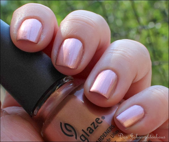 Altrosa China Glaze Poetic 6