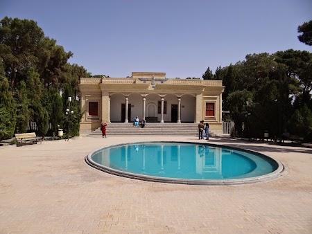 13. Templu zoroastrian.JPG