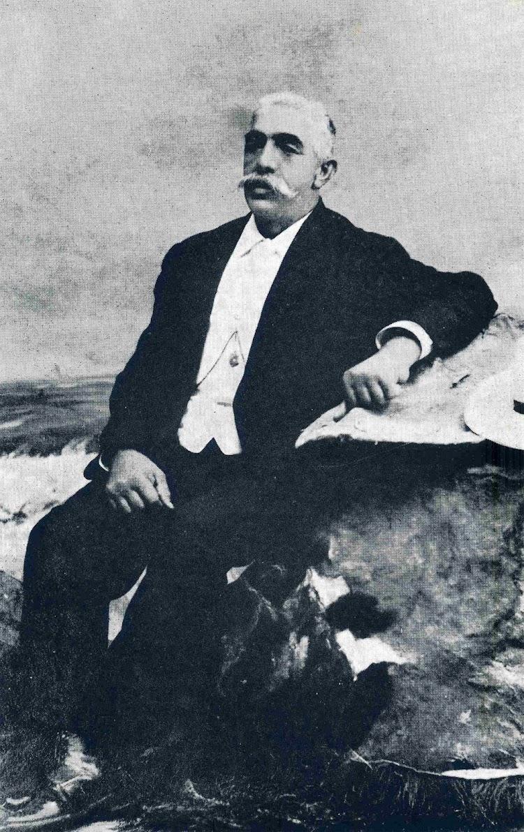 D. Gonzalo Abad Bojas. Capitán del vapor EL GALLO. Del libro CAPITANES DE CANTABRIA.jpg