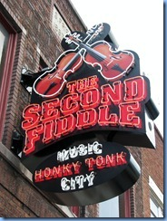 9657 Nashville, Tennessee - Discover Nashville Tour - downtown Nashville Broadway Street -The Second Fiddle Honky Tonk
