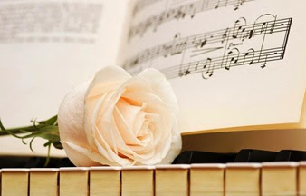 piano_white_rose-2