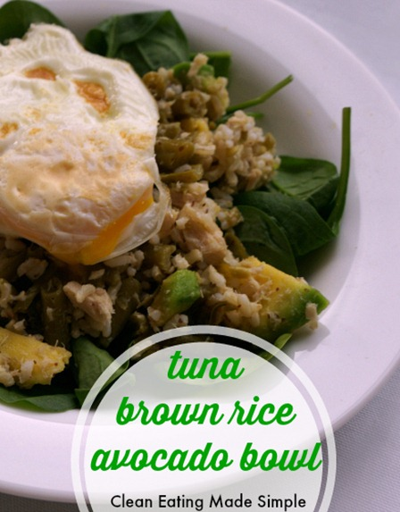 Weeknight healthy dinner ready in 10 minutes - tuna brown rice avocado bowl