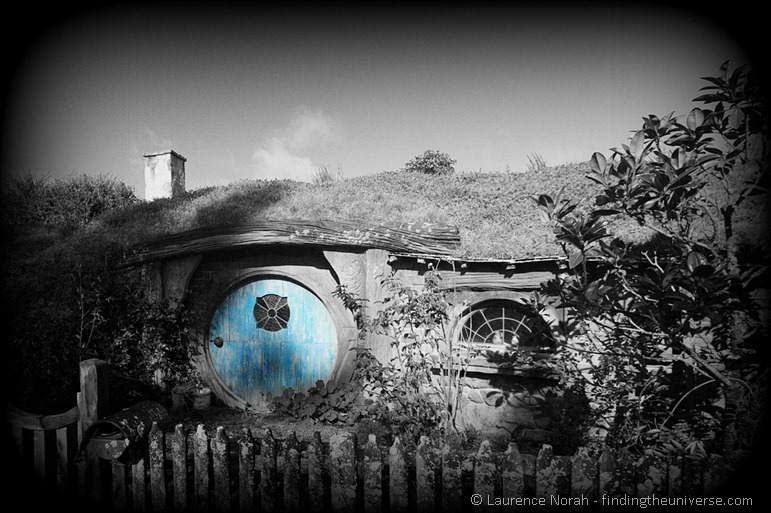 blue Hobbit hole in hobbiton New Zealand