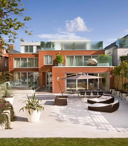 Casa de lujo en londres proyecto de arquitectura de for Casa moderna jardines