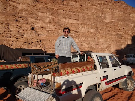 29. Pick up Wadi Rum.JPG