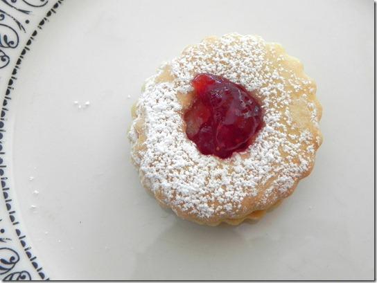 biscotti-di-pasta-frolla-e-marmellata-Italian-jam-cookies-1