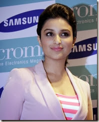 Parineeti Chopra Unveils Samsung Galaxy Note 3 Photos